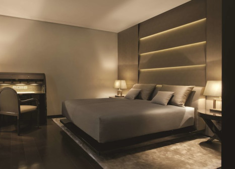 Hotelzimmer mit Animationsprogramm im Armani Hotel Milano