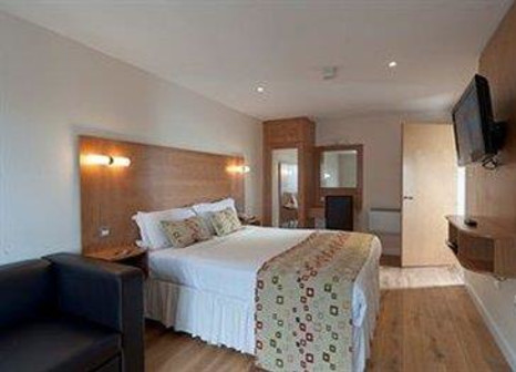 Hotelzimmer mit Aerobic im Holyrood Aparthotel