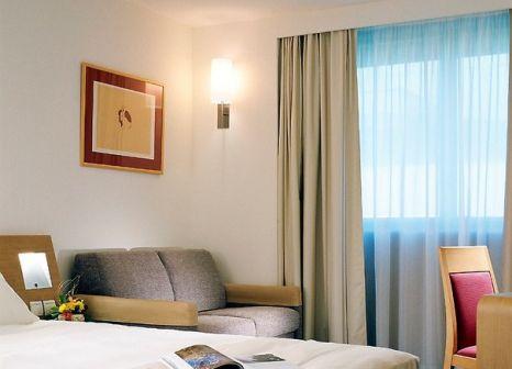 Hotelzimmer mit Hochstuhl im Novotel Nice Centre Vieux Nice