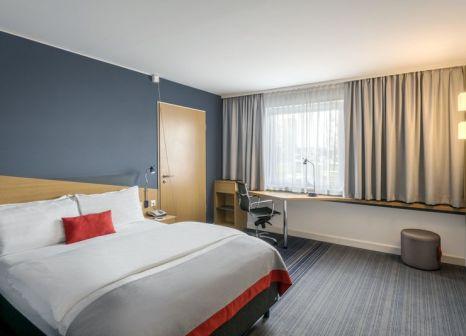 Hotelzimmer mit Golf im Holiday Inn Express Köln - Mühlheim