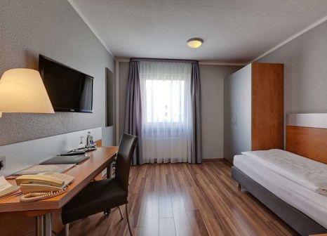 Hotelzimmer mit Aufzug im attimo Hotel Stuttgart