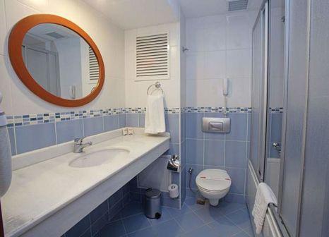 Hotelzimmer mit Hochstuhl im Grand Yavuz Hotel