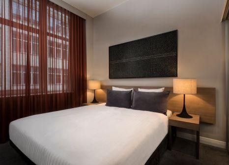Hotelzimmer mit Hallenbad im Adina Apartment Hotel Berlin Checkpoint Charlie