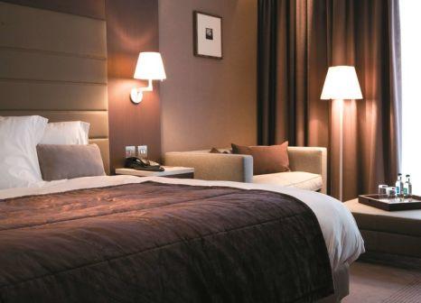 Hotelzimmer mit Pool im Radisson Blu Royal
