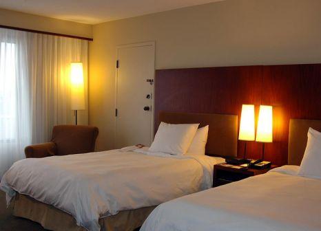 Hotelzimmer im Hilton Toronto günstig bei weg.de