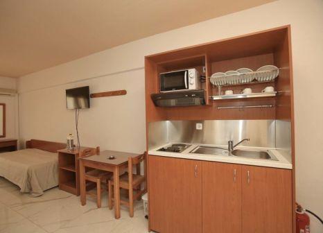 Hotelzimmer mit Tischtennis im Anthoula Village Hotel