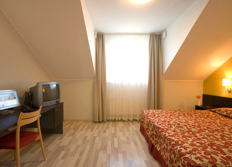 Hotelzimmer mit Hallenbad im Kreutzwald Hotel Tallinn
