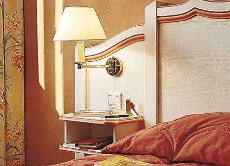 Hotelzimmer mit Mountainbike im Best Western Plus Cannes Riviera Hotel & Spa