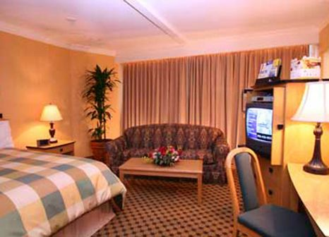 Hotel Days Inn Vancouver Downtown in British Columbia - Bild von DERTOUR