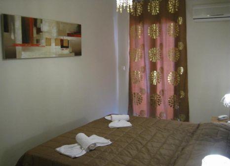 Hotelzimmer mit Mountainbike im Axos Hotel
