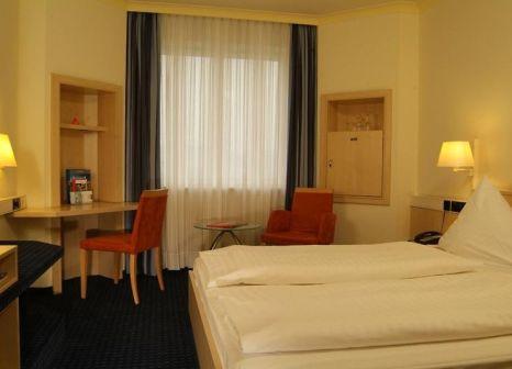 Hotelzimmer mit Fitness im IntercityHotel Freiburg