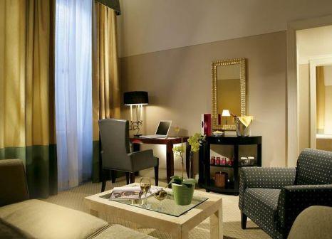 Hotelzimmer mit Mountainbike im Grand Hotel de la Minerve