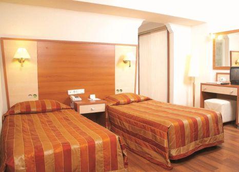Hotelzimmer mit Volleyball im Didim Beach Resort & Spa