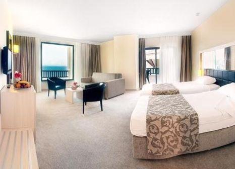 Hotelzimmer mit Tischtennis im Golden Lotus