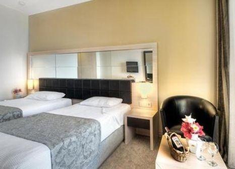Hotelzimmer mit Volleyball im Golden Lotus