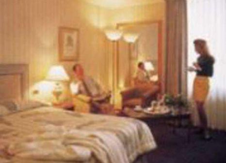 Hotelzimmer mit Hochstuhl im Marriott Regents Park