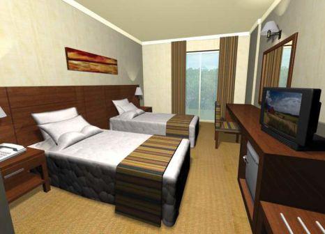 Hotelzimmer mit Volleyball im Side Town Hotel