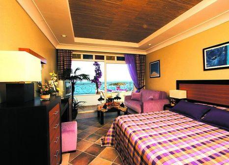 Hotelzimmer mit Mountainbike im Kadikale Resort
