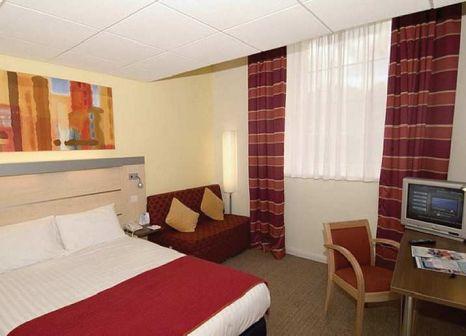 Hotelzimmer mit Mountainbike im Holiday Inn Express Edinburgh City Centre