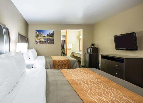 Hotelzimmer mit Golf im Comfort Inn Yosemite Area