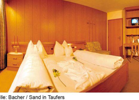 Hotelzimmer mit Tischtennis im Bacher