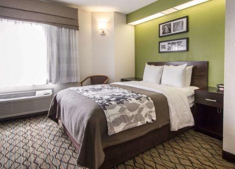 Hotelzimmer mit Pool im Sleep Inn Miami Airport