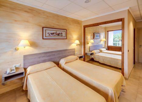Hotelzimmer mit Volleyball im Hotel Condor