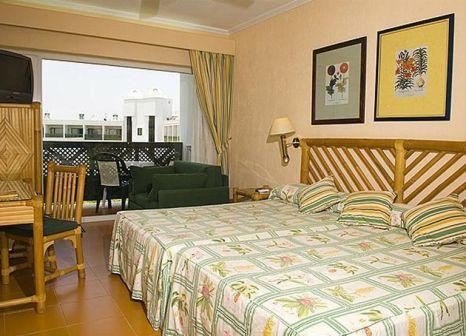 Hotelzimmer mit Golf im BlueSea Costa Bastian