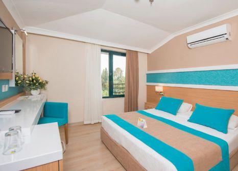 Hotelzimmer mit Volleyball im Sandy Beach Hotel