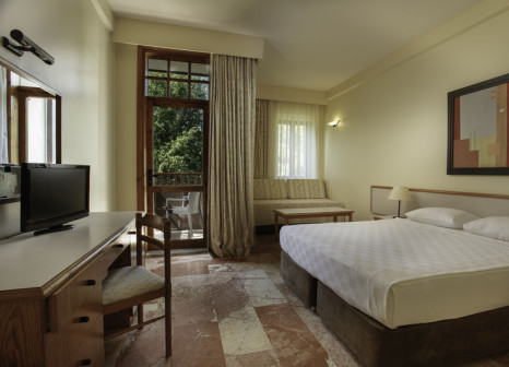 Hotelzimmer mit Mountainbike im Club Tuana Fethiye