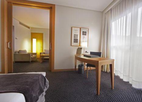 Hotelzimmer mit Clubs im Silken Puerta Madrid
