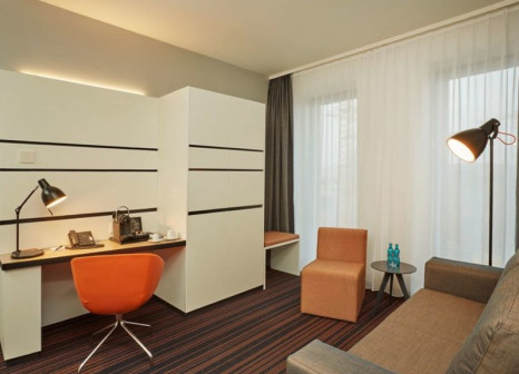 Hotelzimmer mit Mountainbike im HYPERION Hotel Hamburg