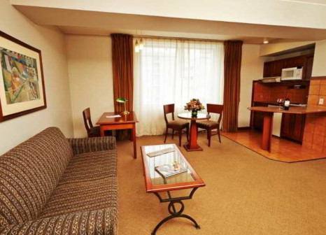 Hotelzimmer mit Massage im Sol de Oro Hotel & Suites