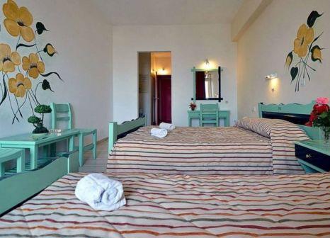 Hotelzimmer mit Minigolf im CNic Gemini Hotel