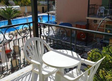Hotelzimmer mit Spielplatz im Philippos Hotel