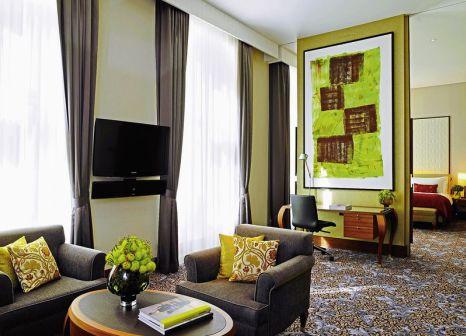 Hotelzimmer mit Yoga im The Ritz-Carlton, Vienna