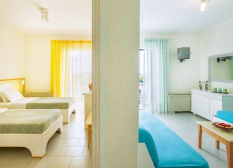 Hotelzimmer mit Mountainbike im Xenios Port Marina Hotel