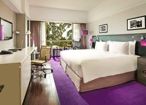 Hotelzimmer mit Yoga im Sofitel Saigon Plaza