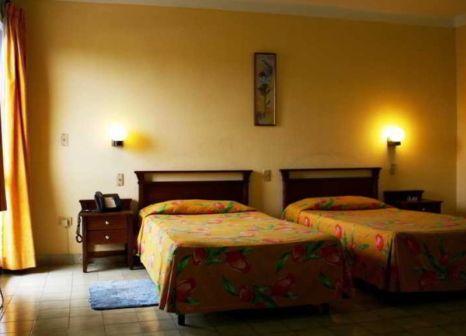 Hotelzimmer mit Volleyball im Hotel Acuazul