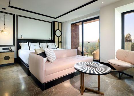 Hotelzimmer mit Mountainbike im Bless Hotel Ibiza