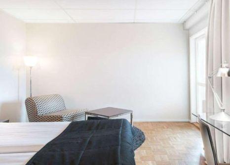 Hotelzimmer mit Hallenbad im Quality Hotel Nacka