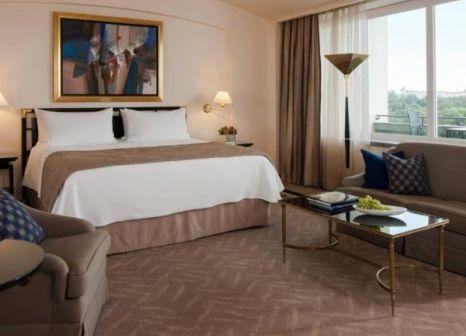 Hotelzimmer mit Golf im Four Seasons Hotel Ritz Lisbon