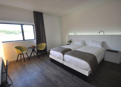 Hotelzimmer mit Hallenbad im Hotel The Originals Vannes