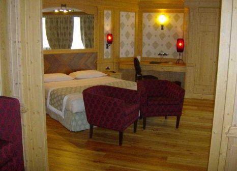 Hotelzimmer mit Tischtennis im Hotel Cristal Palace