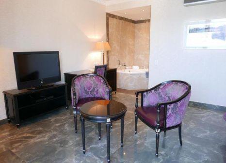 Hotelzimmer mit Tischtennis im Continental Parkhotel