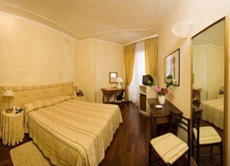 Hotelzimmer mit Kinderbetreuung im Negresco