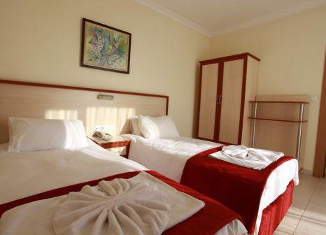 Hotelzimmer mit Tischtennis im Ramira Joy Hotel