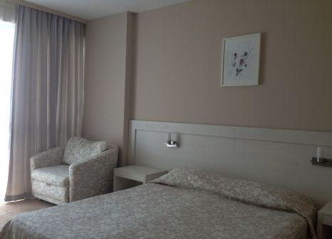 Hotelzimmer mit Mountainbike im PrimaSol Sineva Beach