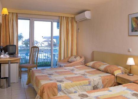 Hotelzimmer mit Tischtennis im Kaliopa