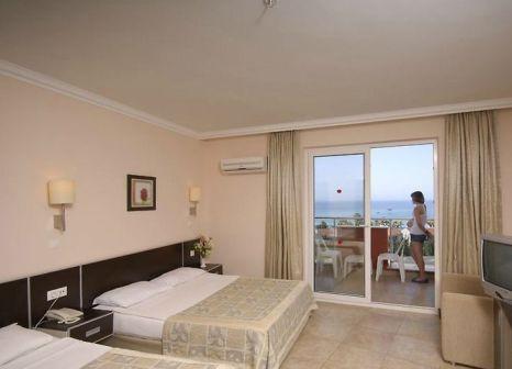Hotelzimmer mit Tischtennis im My Home Sky Hotel